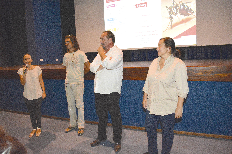 Delphine Ollier, Benjamin Bernard, Pierre Quatrefages  et Gwenaëlle des Cognets ont répondu aux spectateurs.