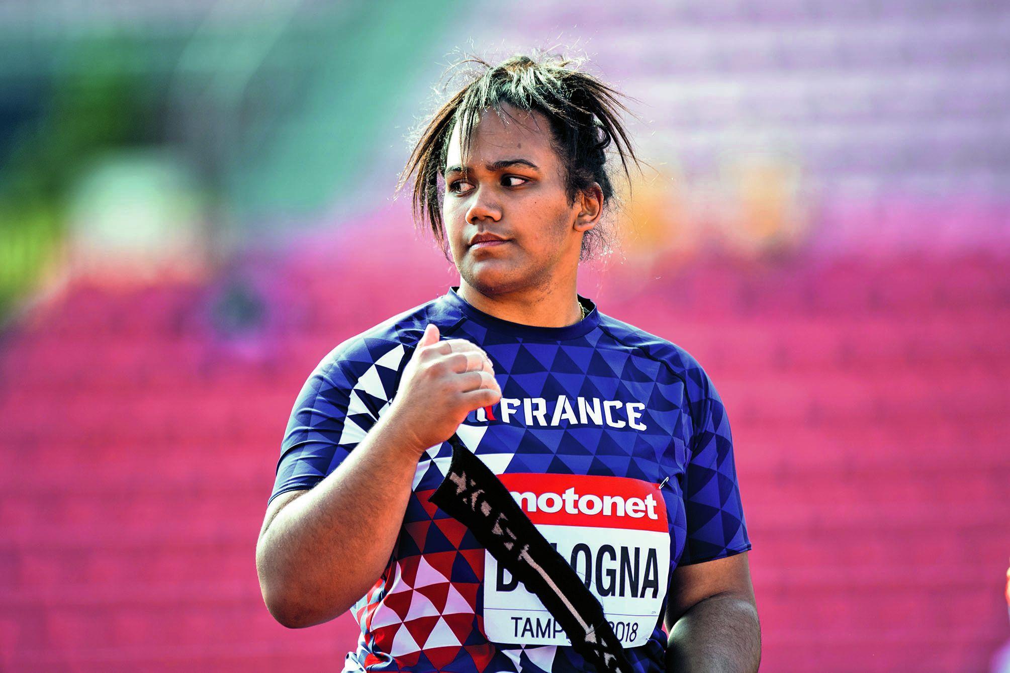 La Calédonienne n'a pas l'habitude de voyager, « surtout que comme dans tous les sports, on a une contrainte budgétaire », commente sa coach, Sandra Lambrani.