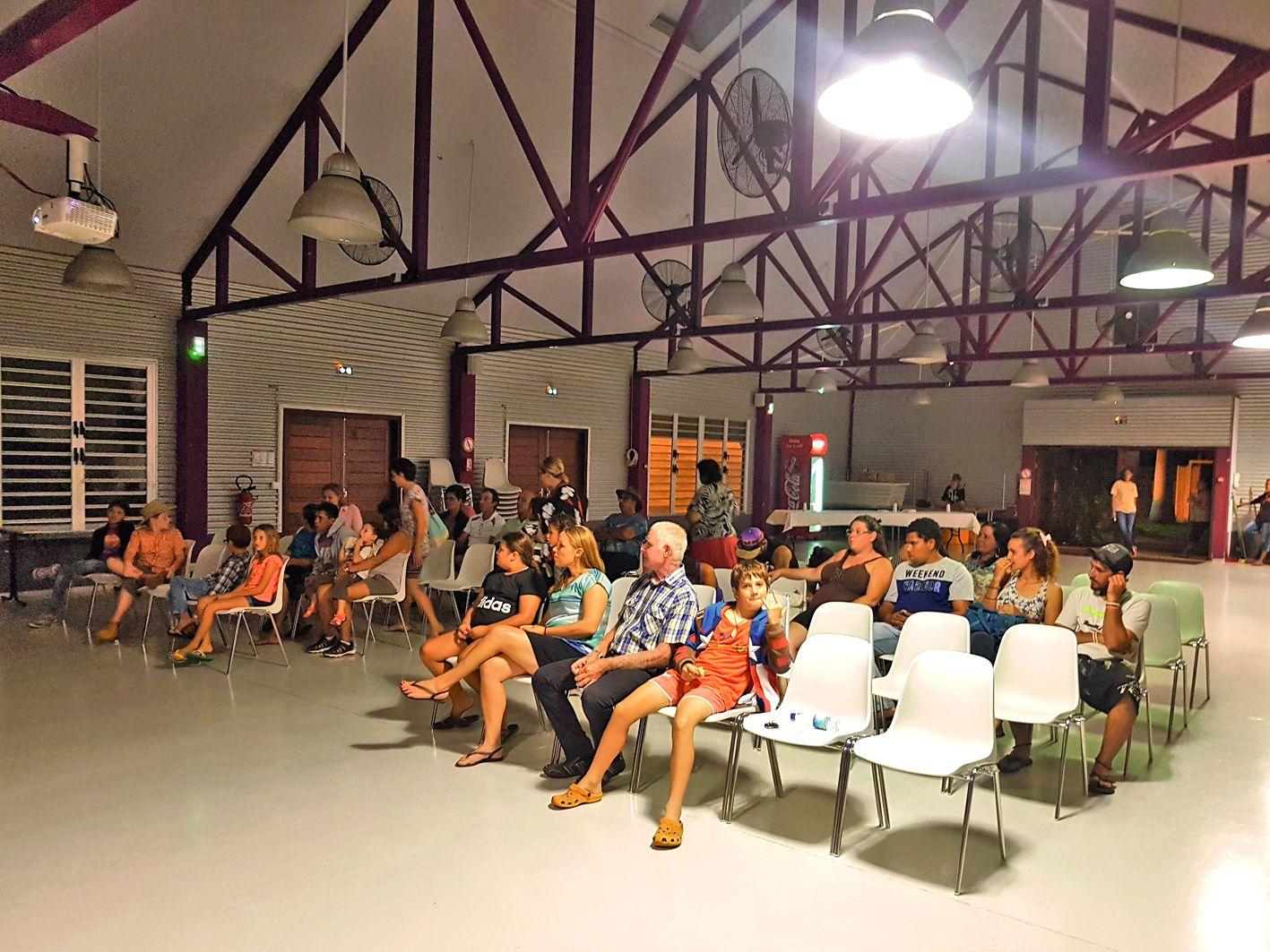 Une trentaine de spectateurs étaient présents mercredi soir.Photo B.B.L.