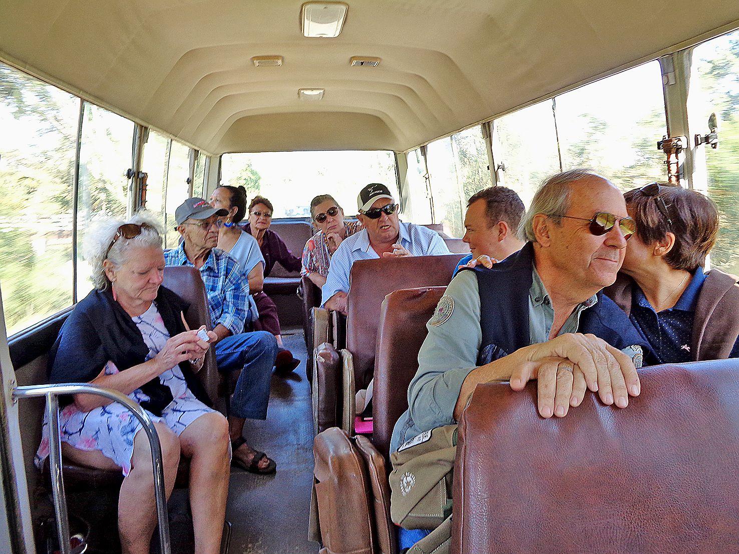 La journée a commencé par le transport des visiteurs vers Petit Farino sur la propriété Fiori,  où étaient installés les Américains du  52e « Evacuation hôpital militaire ».