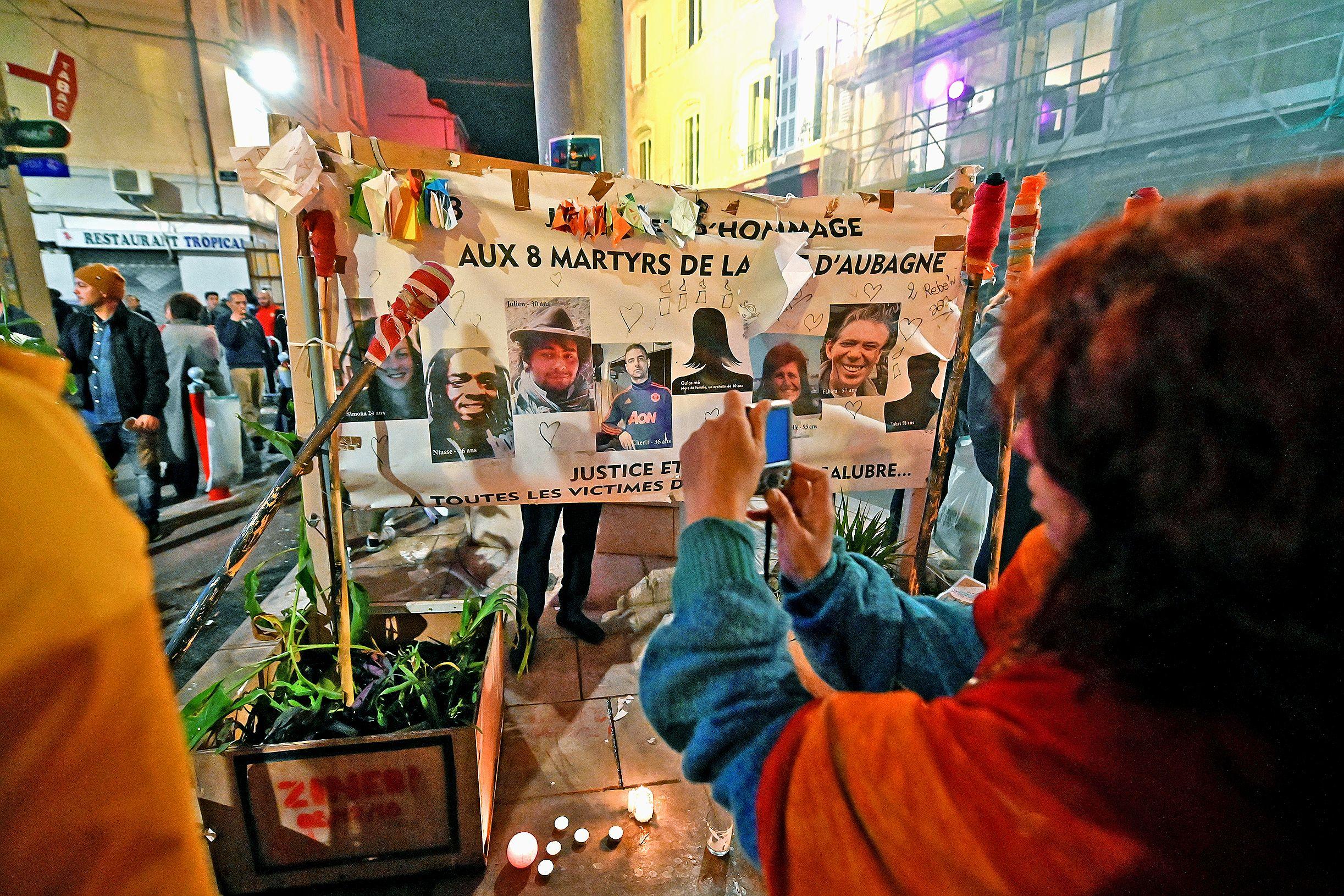 Le silence pour les victimes de Noailles - Les Nouvelles Calédoniennes