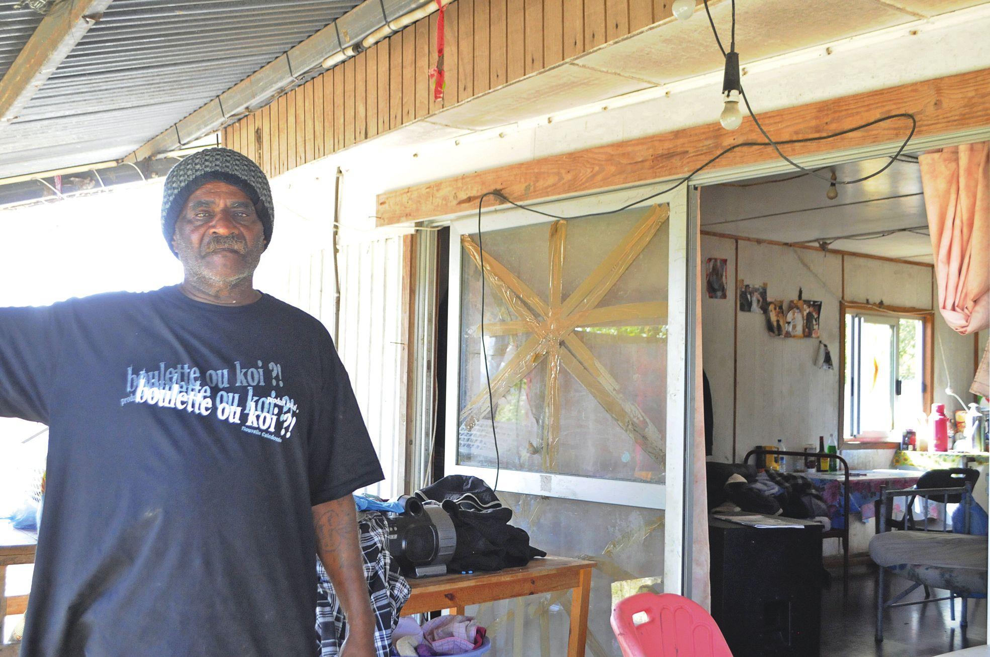 Emile considère que la maison qu'il occupe depuis plus de vingt-cinq ans, « insalubre », n'a aucune valeur immobilière. Il souhaite, par contre, se porter acquéreur du lot sur lequel elle se tient afin que son fils puisse y construire sa propre maison.