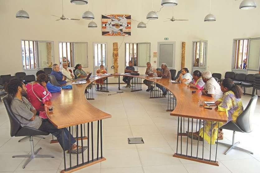 Lors d'un conseil municipal le 5 octobre, huit élus Palika ont démissionné, provoquant ainsi de nouvelles élections.