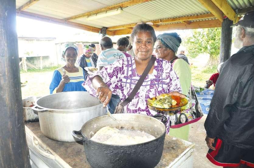 Les participants à ce nouvel atelier de cuisine saine étaient visiblement ravis de ce moment de partage.Photo S.M.