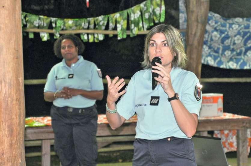 Outre les soirées de rencontre avec la population de Maré, la BPDJ s'est déplacée lundi et mardi au sein des trois collèges de l'île, la délinquance juvénile concernant en particulier la tranche 11-15 ans.Photos S.M.