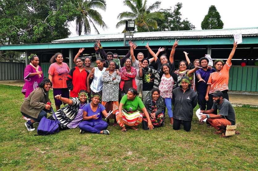 Le groupe de stagiaires et les formateurs de la FOL dont Norbert Luta (cheveux gris au centre). Photos S.M.