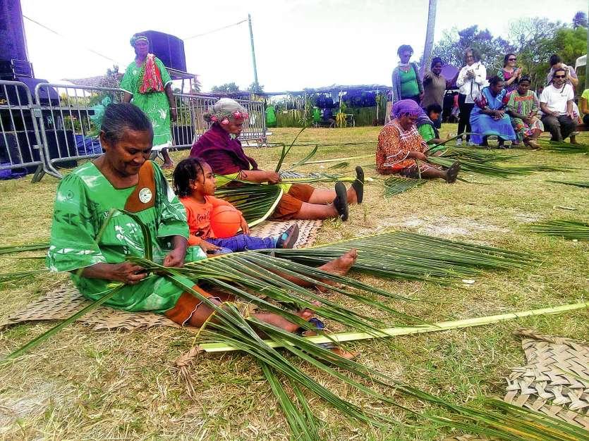 Le site de la Fête du walei sera animé par des danses traditionnelles ou encore des démonstrations  de tressage.Photos DIL