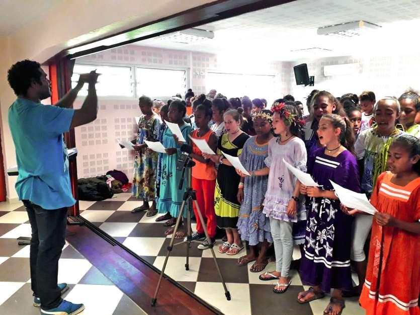 Quatre-vingts élèves du collège Laura-Boula participeront la fête de la jeunesse citoyenne. Photos M.G.