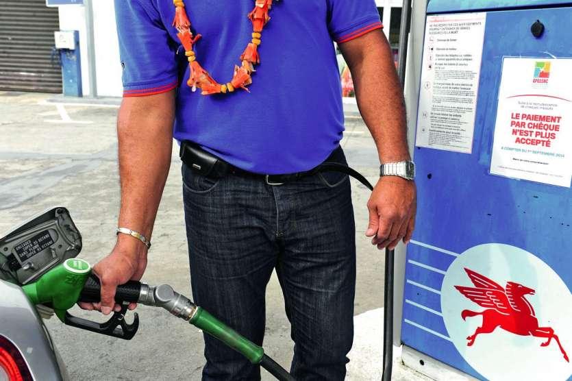 Le Cese s'est aussi interrogé sur la réduction de l'écart de prix entre l'essence et le gazole, ce dernier étant moins cher mais plus polluant. Photo Julien Cinier