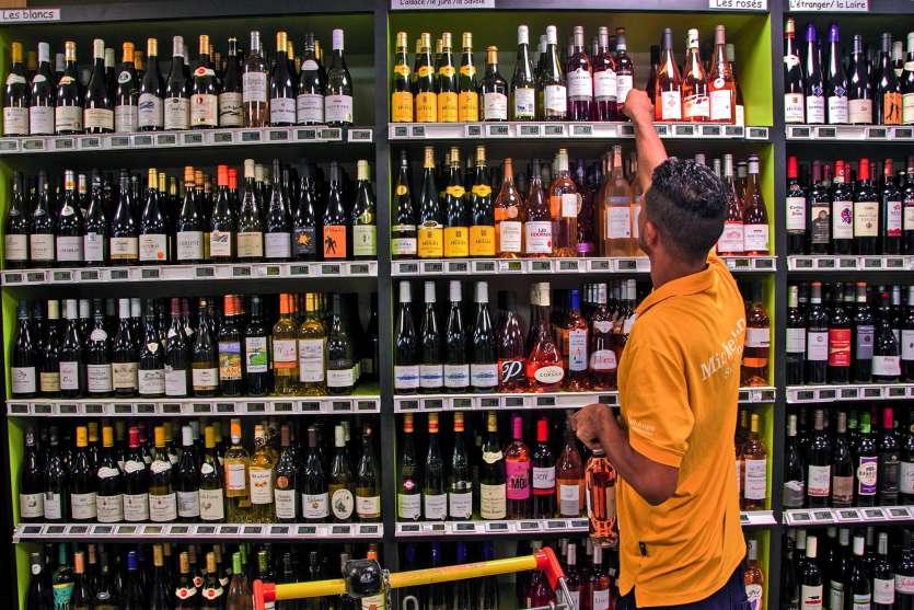 La baisse de la consommation aurait fait perdre de 15 à 35 % de chiffre d'affaires aux importateurs et aux grossistes.Photo : Cyril Terrien