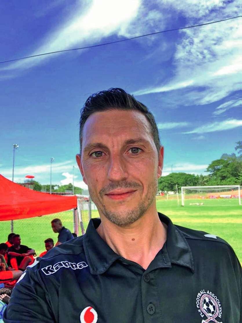 Christophe Gamel, 46 ans, a notamment été entraîneur adjoint en Hongrie, au Qatar et de l'équipe féminine du PSG avant d'atterrir à Fidji. Photo D.R./C.G.