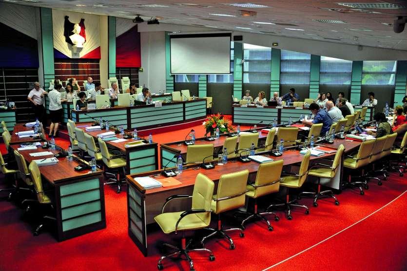 Les élus indépendantistes ont pratiqué la politique de la chaise vide pendant l'examen du projet de loi.Photo T.Perron