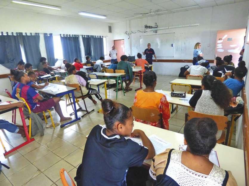 Les jeunes, avides d'informations sur leur avenir professionnel, n'ont pas hésité à poser de nombreuses questions aux différents intervenants.  Photo M.G