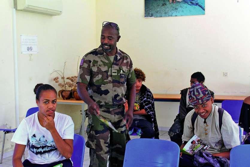 Pour trois ans à Nouméa, l'adjudant-chef Frantz organise des recrutements sur tout  le territoire, ainsi qu'à Wallis-et-Futuna.Photo S.M.