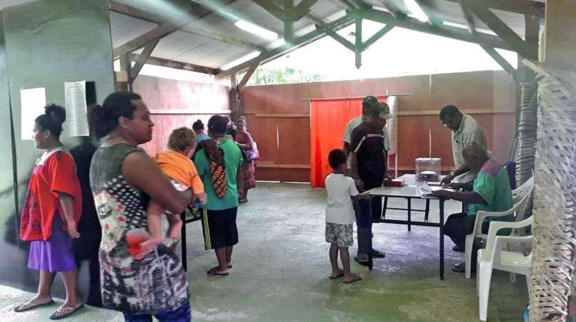 Au bureau de Saint-Pierre, à Thio, le FLNKS a recueilli 82,26 % des suffrages exprimés.Photo LMB
