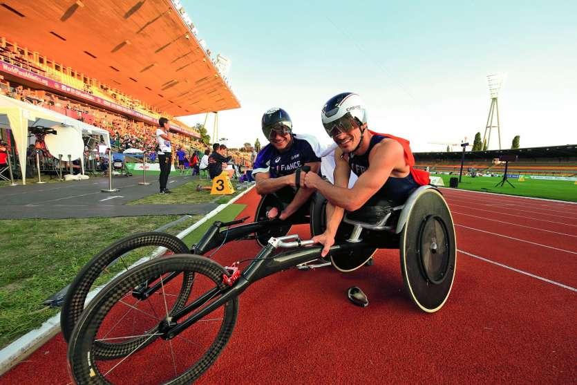 Pierre Fairbank et Nicolas Brignone (au premier plan) évoluent dans la catégorie fauteuil T53. Photo DR