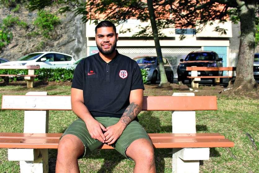 Alexandre Manukula, 22 ans, mesure 2,02 m pour 131 kg. Il évolue au poste de 2e ligne. Photo T.M.