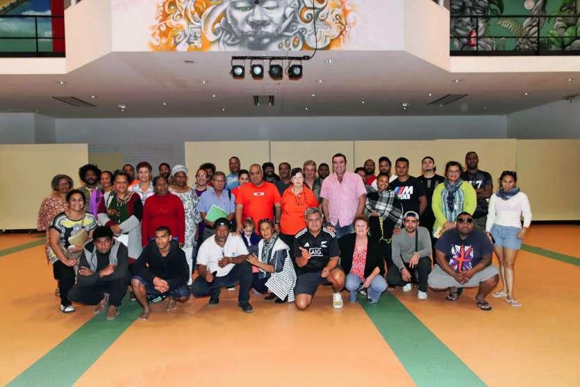 Les responsables de la ville, et ceux des stands ainsi qu une partie des artistes de Païta se sont rencontrés  la semaine dernière. Une occasion de faire un dernier point avant les grands shows de samedi.Photo Ville de Païta
