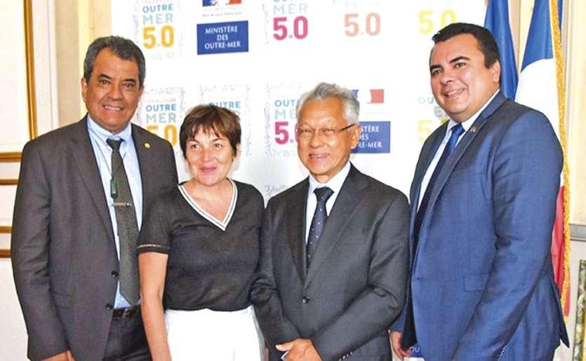 Après Annick Girardin, le président Fritch devrait rencontrer le chef de l'Etat le 5 juillet. Emmanuel Macron avait annoncé qu'il se rendrait en Polynésie française en 2019, sans préciser de date.Photo Radio1 Tahiti