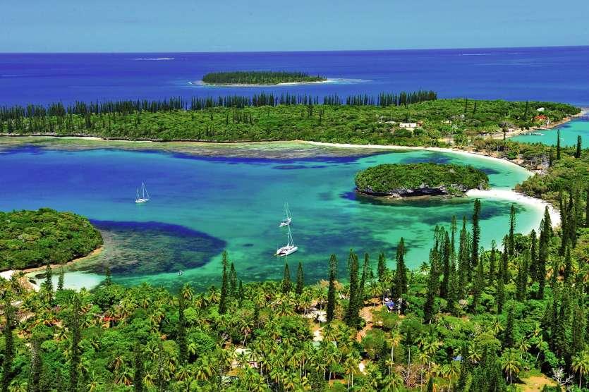 Depuis dix ans, la vente d'alcool à emporter est interdite sur l'île. Seuls les hôtels et les restaurants sont légalement autorisés à en servir. Archives LNC