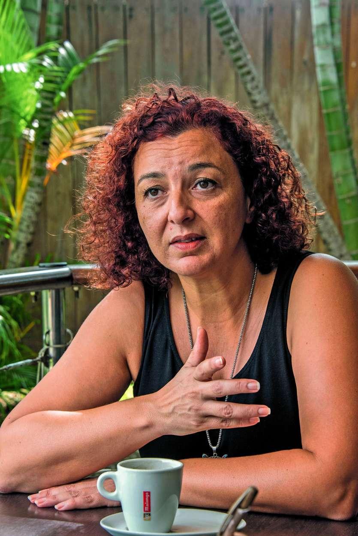 Chérifa Linossier avait accusé le diplomate de caresses sur les fesses. Une autre femme avait dénoncé des « mains baladeuses » à l'île aux Canards.