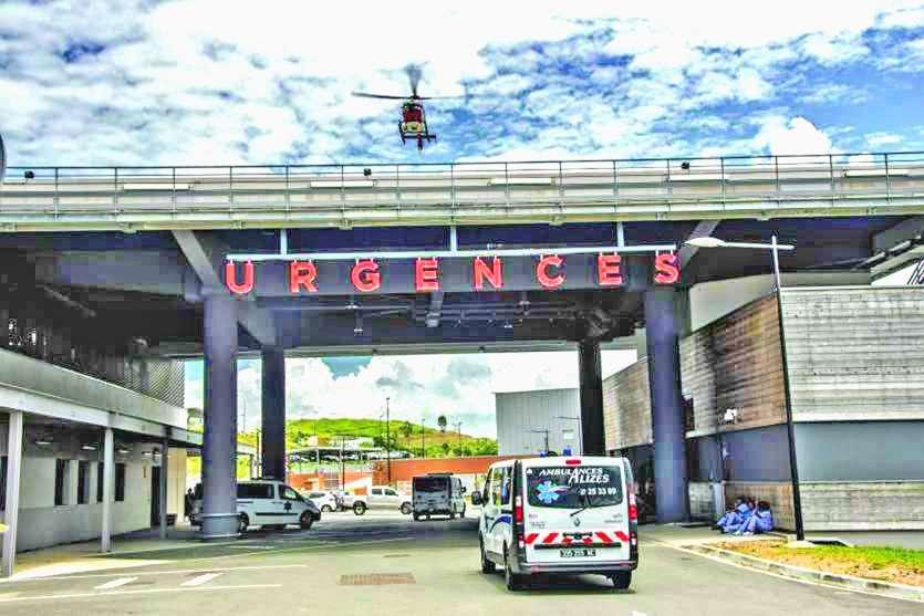 Après avoir confirmé la suspicion de coronavirus, les deux patients ont été transférés au Médipôle.Photo archives LNC