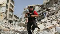 Après les bombardements, l'armée syrienne avance dans Alep
