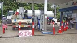 L'essence de retour à la station Mobil