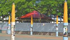 Les deux cafés-terrasses prennent forme place des Cocotiers