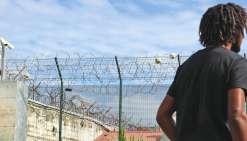 Le cambrioleur, originaire de Thio, a été incarcéré au quartier des mineurs du Camp-Est, ce qui porte le nombre de jeunes détenus à neuf pour dix-huit places.