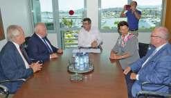 La délégation conduite par le sénateur Christian Cambon s'est notamment entretenue avec le président Philippe Germain sur l'intégration de la Calédonie dans la région.