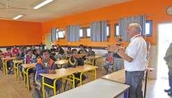 Le lycée des Iles de Lifou rencontre les collégiens de Maré