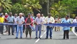 Petit Kokingone inaugure le nouveau pont