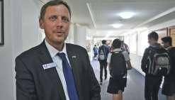 Emmanuel Texier est le proviseur français de la Telopea Park School depuis 2012.