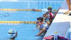 Cinq nageurs se frottent au niveau mondial à Singapour