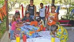 Les enfants découvrent les cinq continents pendant les vacances
