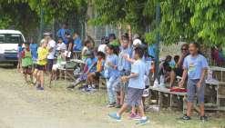 Quatre-vingts écoliers ont disputé  un tournoi de rugby et d'ultimate