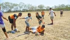 Un premier tournoi de touch rugby
