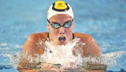 Lara Grangeon fait sa rentrée en bronze