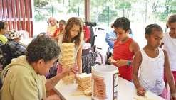 A la résidence Gaëtan-Brini, enfants et seniors tissent des liens en jouant