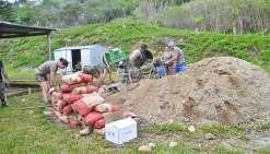 Les militaires aident la tribu de Téganpaïk
