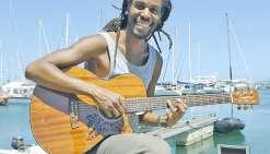 Sa musique vogue sur tous les océans