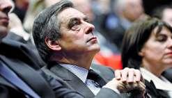 La pression s'accroît sur François Fillon