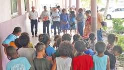 Un tour des établissements scolaires d'Ouvéa
