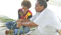 L'atelier kanak ouvre  sa saison à la tribu de Pothé