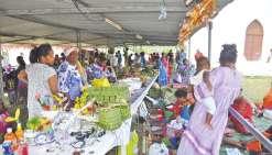 Le marché tournant s'est arrêté à Padawa