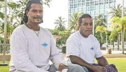 Deux îliens à la fibre voyageuse