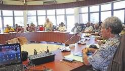 D'après les grands chefs réunis hier au Sénat coutumier, le travail de restructuration des chefferies doit être poursuivi  et les institutions, les provinces et les communes doivent leur donner les moyens de s'équiper et de fonctionner.
