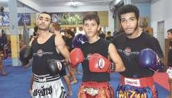 Deux combattants à la  recherche d'un titre national