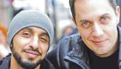 Amis dans la vie, le réalisateur Mehdi Idir et Grand Corps Malade ont réalisé ensemble  Patients, adapté de l'autobiographie du slameur.